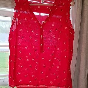 Red white and blue horseshoe tank